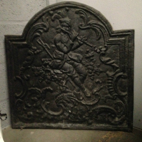cast iron plate le musicien saltimbanque plaques en fonte chemin es et d corations nord. Black Bedroom Furniture Sets. Home Design Ideas